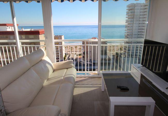 Apartamento en San Juan de Alicante - LOFT LYON (Playa San Juan)