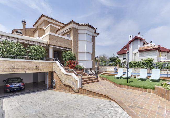 Villa/Dettached house in San Juan de Alicante - VILLA CABO HUERTAS